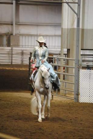 Mel - Side Saddle